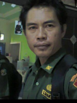 Drs. SARKAWI