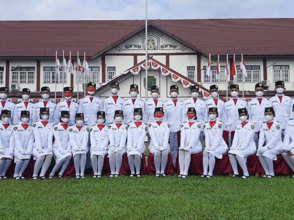 KEGIATAN UPACARA HUT RI ke 76 Di Kecamatan Dusun Tengah dan Di SMAN 1 Dusun Tengah